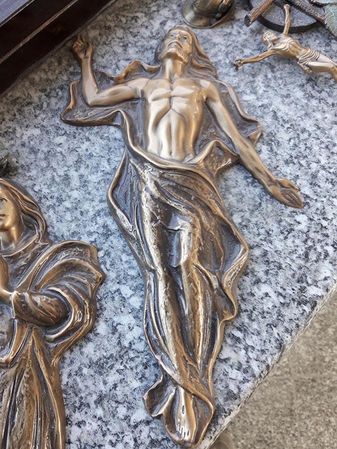 Offerte catalogo lapidi tombe e decorazioni funerarie for Scritte in polistirolo prezzi