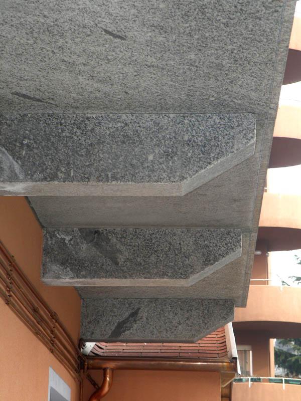 Pietre per balconi soglie davanzali su misura prezzi - Soglie finestre prezzi ...