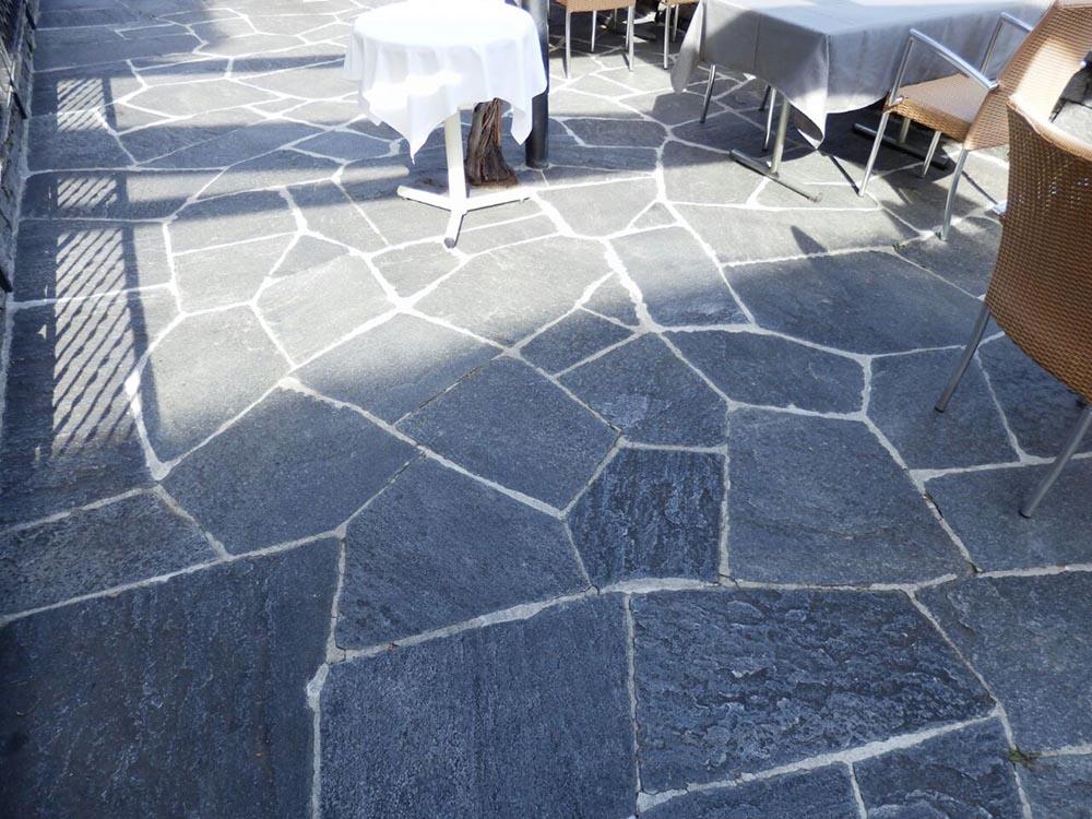 Pietre per pavimenti in mosaico da esterni per giardini e for Pavimento da giardino