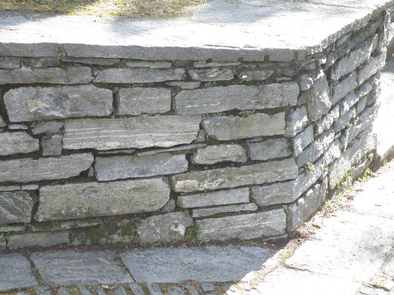 Fornitura pietre per realizzare o ristrutturare muri e - Copertine per muretti esterno in cemento prezzi ...