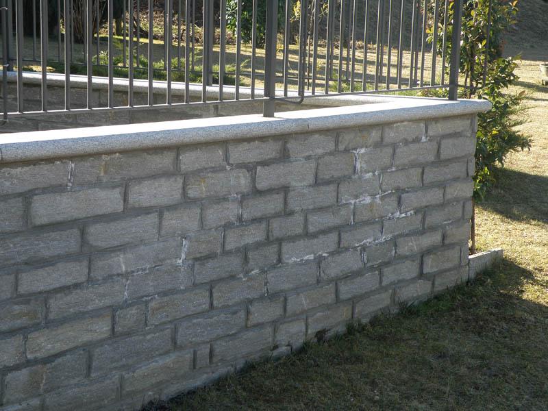 Muri recinzione elegant scegli tra i nostri materiali for Recinzioni in tufo