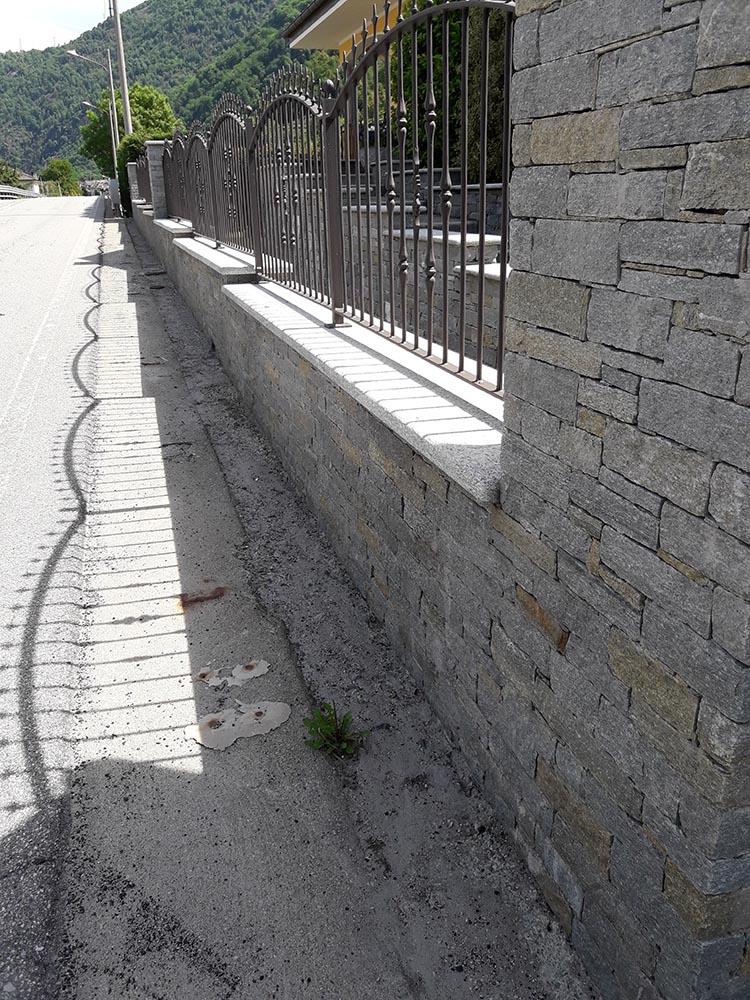 Pietre per rivestimenti e recinzioni di muri da for Immagini recinzioni