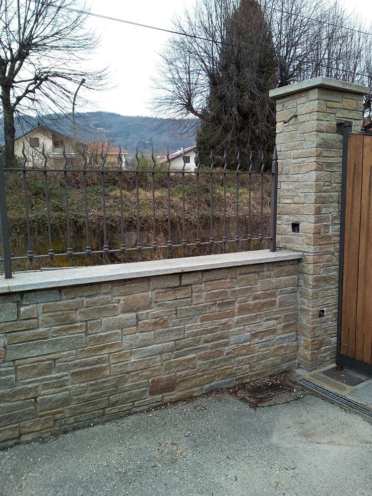 Muri Di Recinzione Pietra.Pietre Per Rivestimenti E Recinzioni Di Muri Da