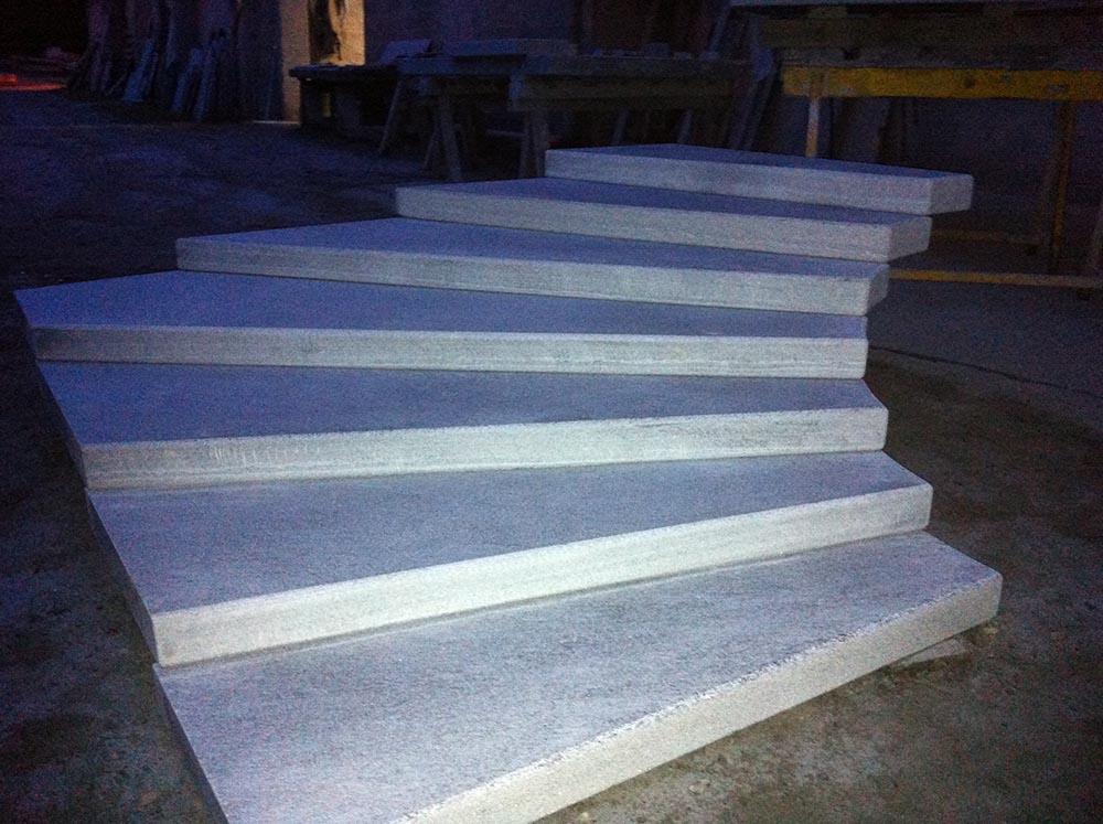Popolare Scalini pietra su misura levigatura antiscivolo per scale da esterno GJ36